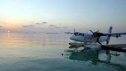 Transfer per Wasserflugzeug auf die Insel der Malediven